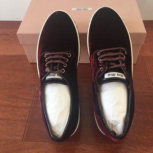 NWB/ Miu Miu Bordeaux velvet sneaker / SZ 39